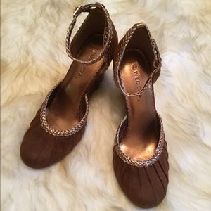 WIld Diva brown wedge sandals ankle straps shoes